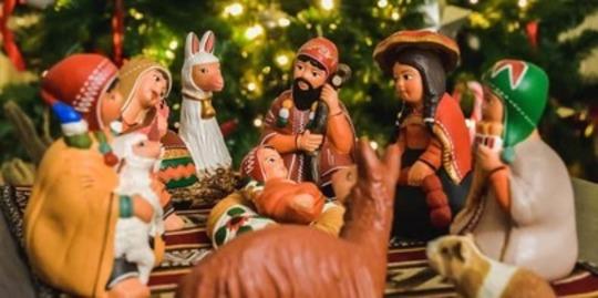 How Do Locals Celebrate Christmas in Peru?