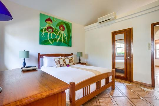 1 Bedroom Beach Front Villa (1 person)