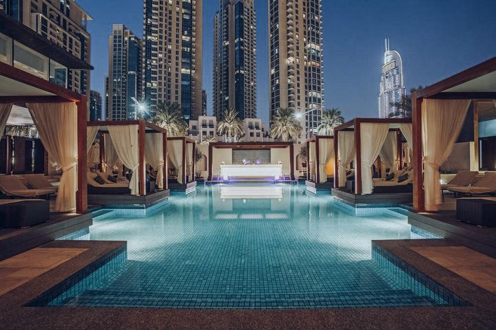 Vida Downtown Pool