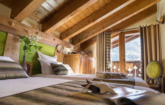 6 person | 2 Bedroom + cabin