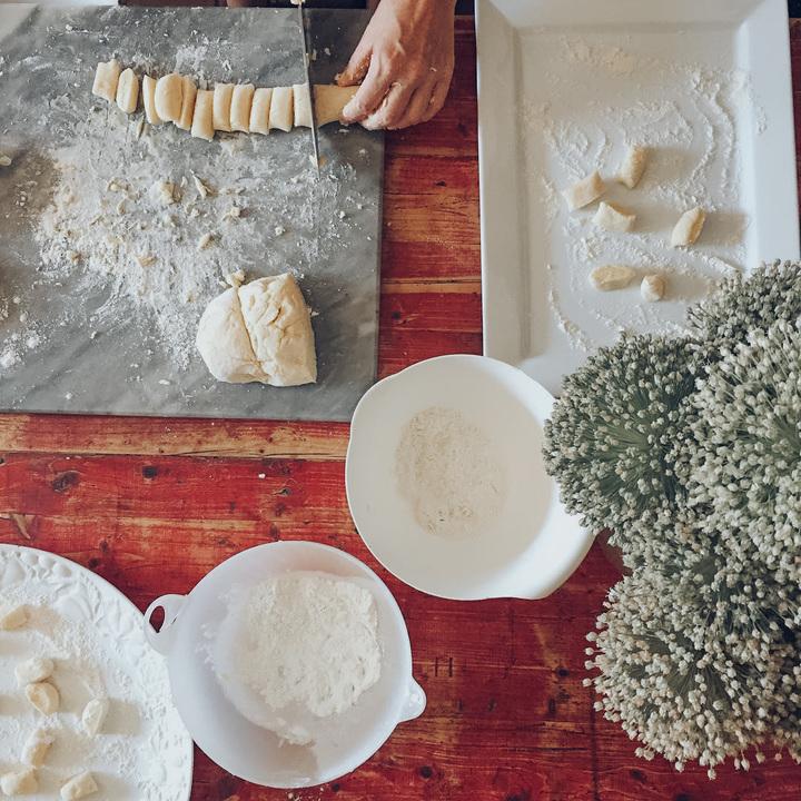 making gnocchi (2)
