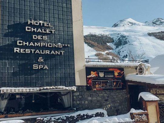 Hotel Champions