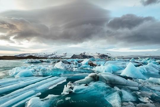 Plongée en apnée sous le Lac du lou glacé