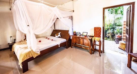 Single bed Ocean View Suite