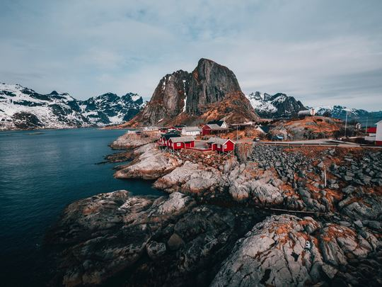 Love Trails Family - Sailing the Lofoten Islands