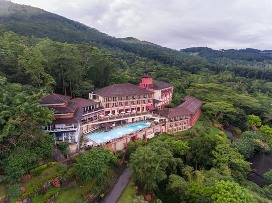 Amaya Hills Hotel
