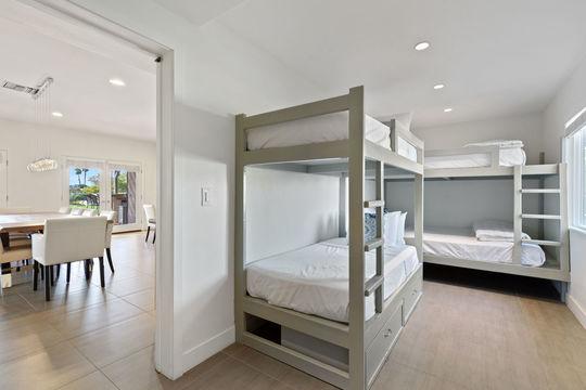 Bedroom 6 - Twin Bunk Bed