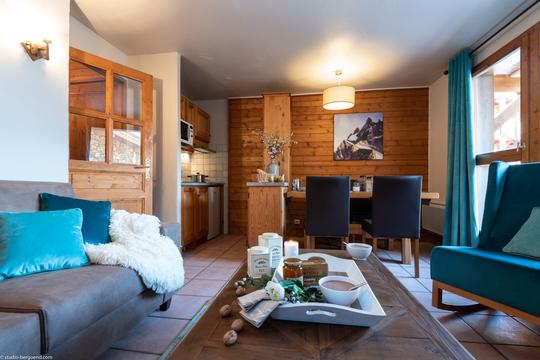 4 Person | 1 Bedroom + Alcove