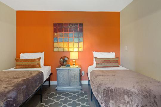 Bedroom 5 - Staff Room