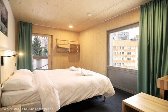 Rise Backpackers | Private Room
