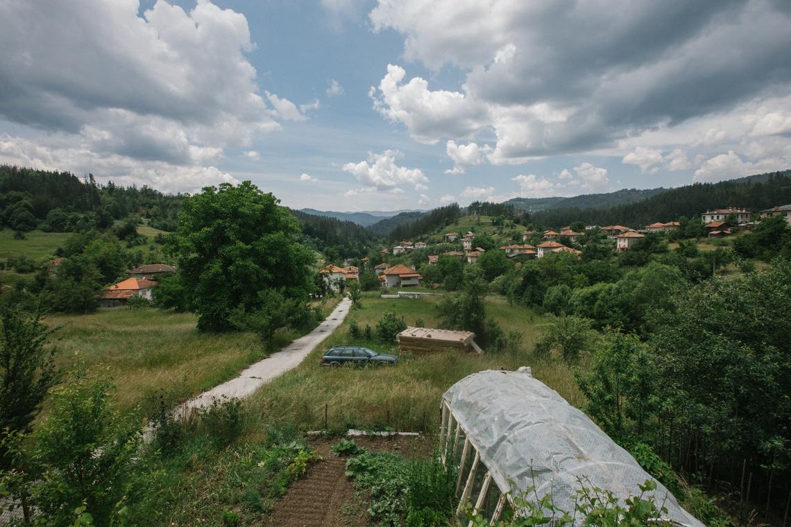 PETAR YALANDJIEV ZGUROV HOUSE | 7 PERSON