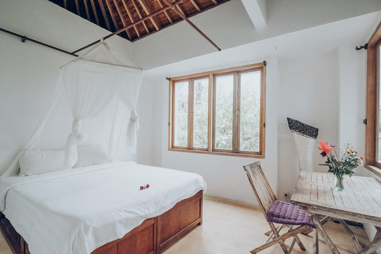 Single Bed in Mount Agung Suite
