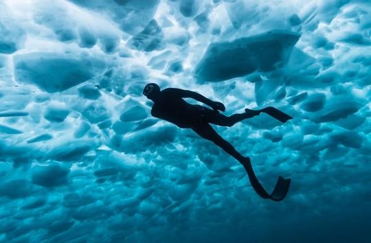 Séjour bucket list aux Menuires : 1 après-midi de plongée sous glace incluse