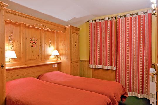 2 Person   1 Bedroom