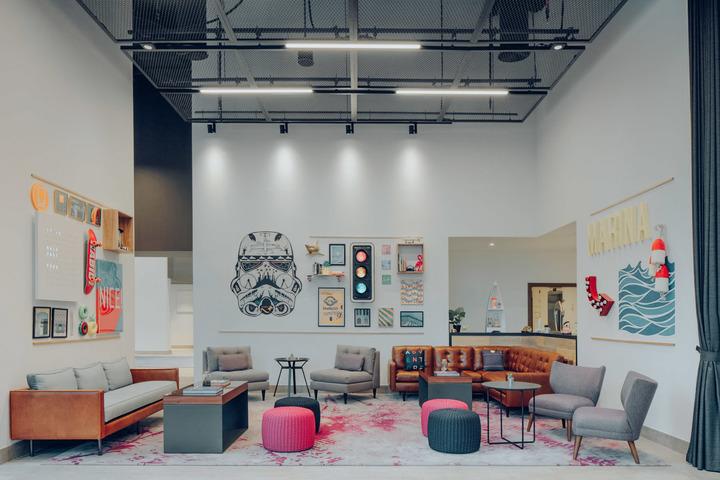 Rove Marina Lounge