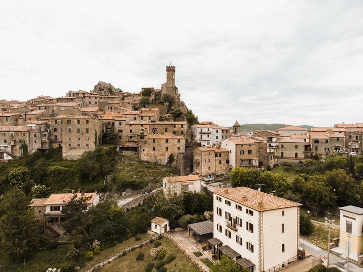 Roccatederighi buildings-16