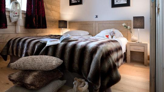 4 Person | 1 Bedroom
