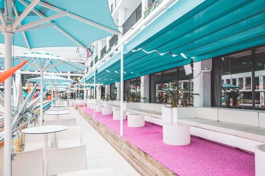 Event Balcony Sofa