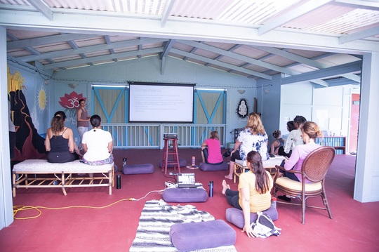 Health workshops lead by experienced practitioners and coaches.