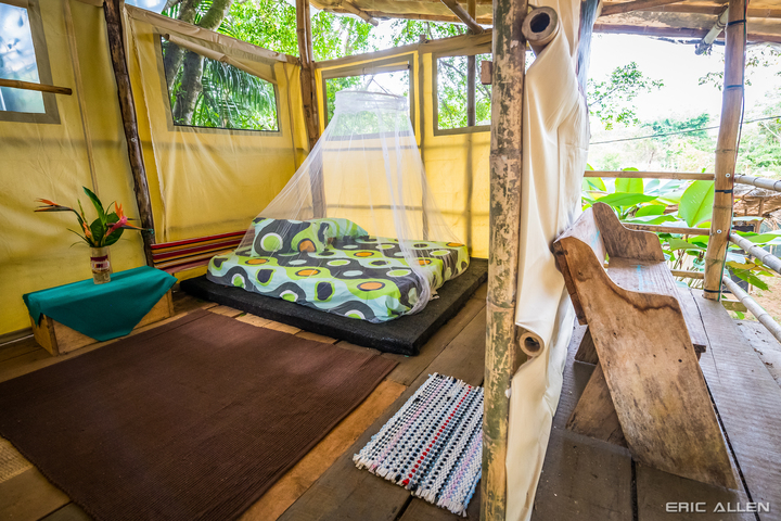 VIP Onsite Lodging | Treehouse | La Sombra