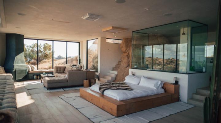 Luxe Desert Villa
