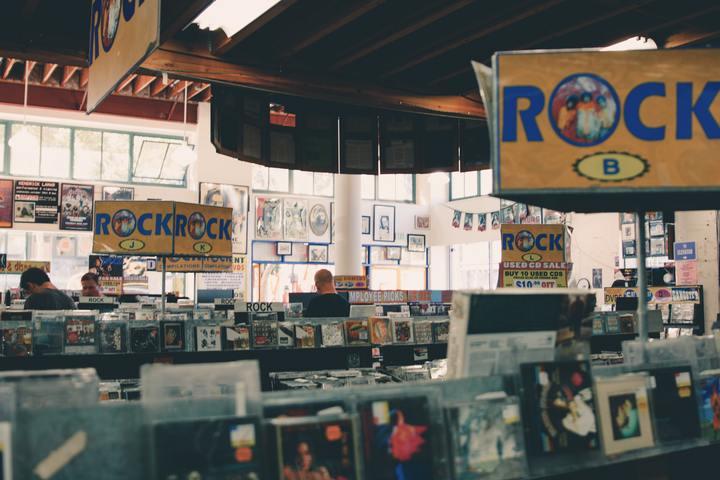Vintage Record Tour