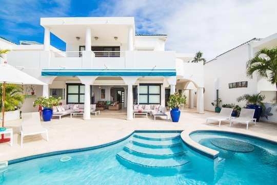 Villa Blue Shore Package