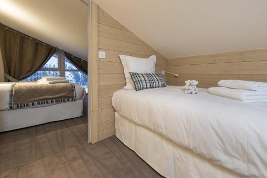 5 Person | 2 Bedrooms, 1 Cabin