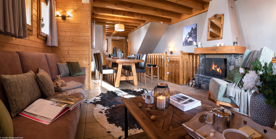 8 Person | 3 Bedroom + Cabin + Sauna