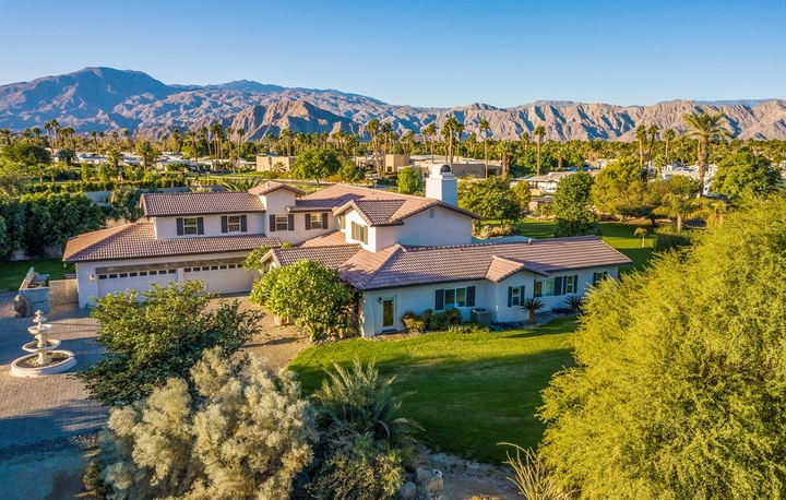 The-Coachella-Estate-2018-Palm-Vacation-Rentals-Indio-Palm-Springs-Palm-Desert-Vacation-Homes_91-1-1100x700_c