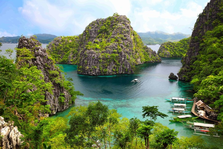 Philippines lagoon and mountains in Palawan